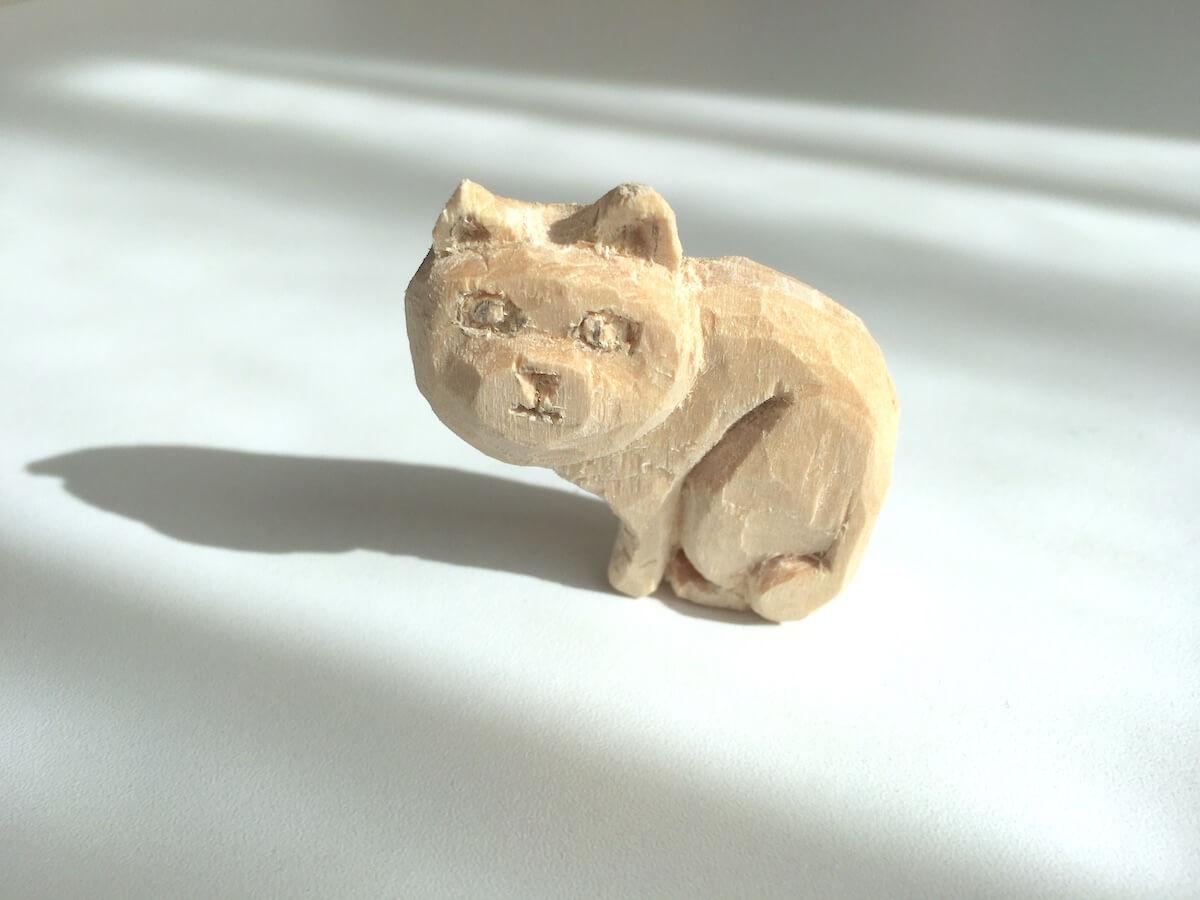 猫の木彫りにチャレンジし始めた父